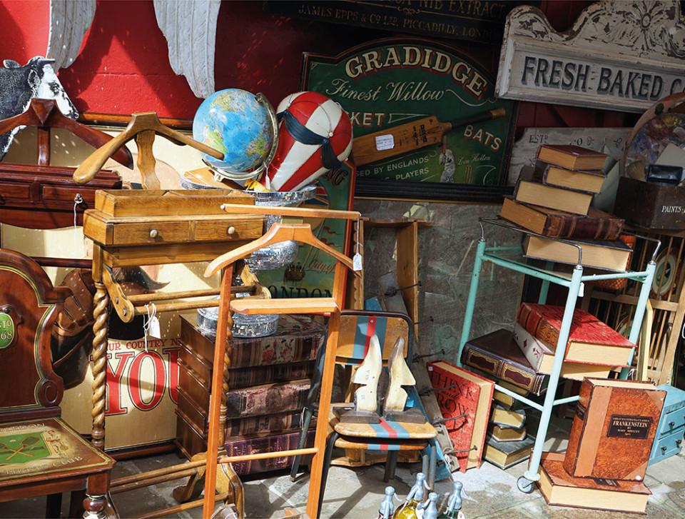 Vlooi-en boekenmarkt